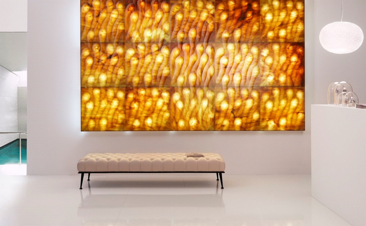 lithos_design_pietre_luminose_sirio_backlit_stone_wall_panels